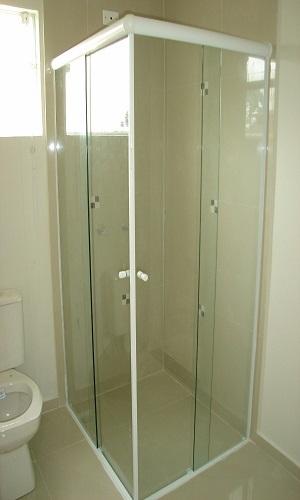 Imagem de box de banheiro